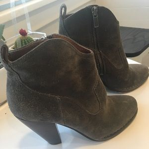 Frye boots booties size 7